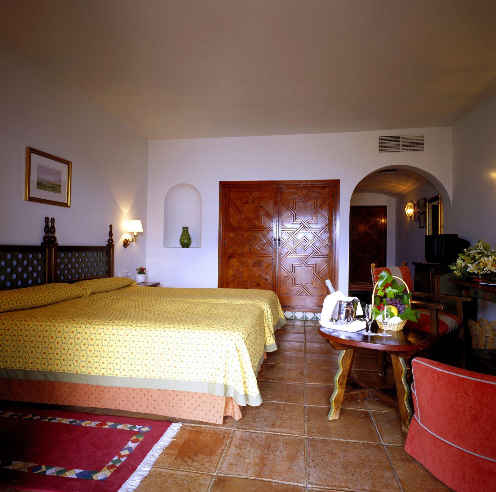 Paradores spanien hotel parador de jaen jaen for Design hotels andalusien