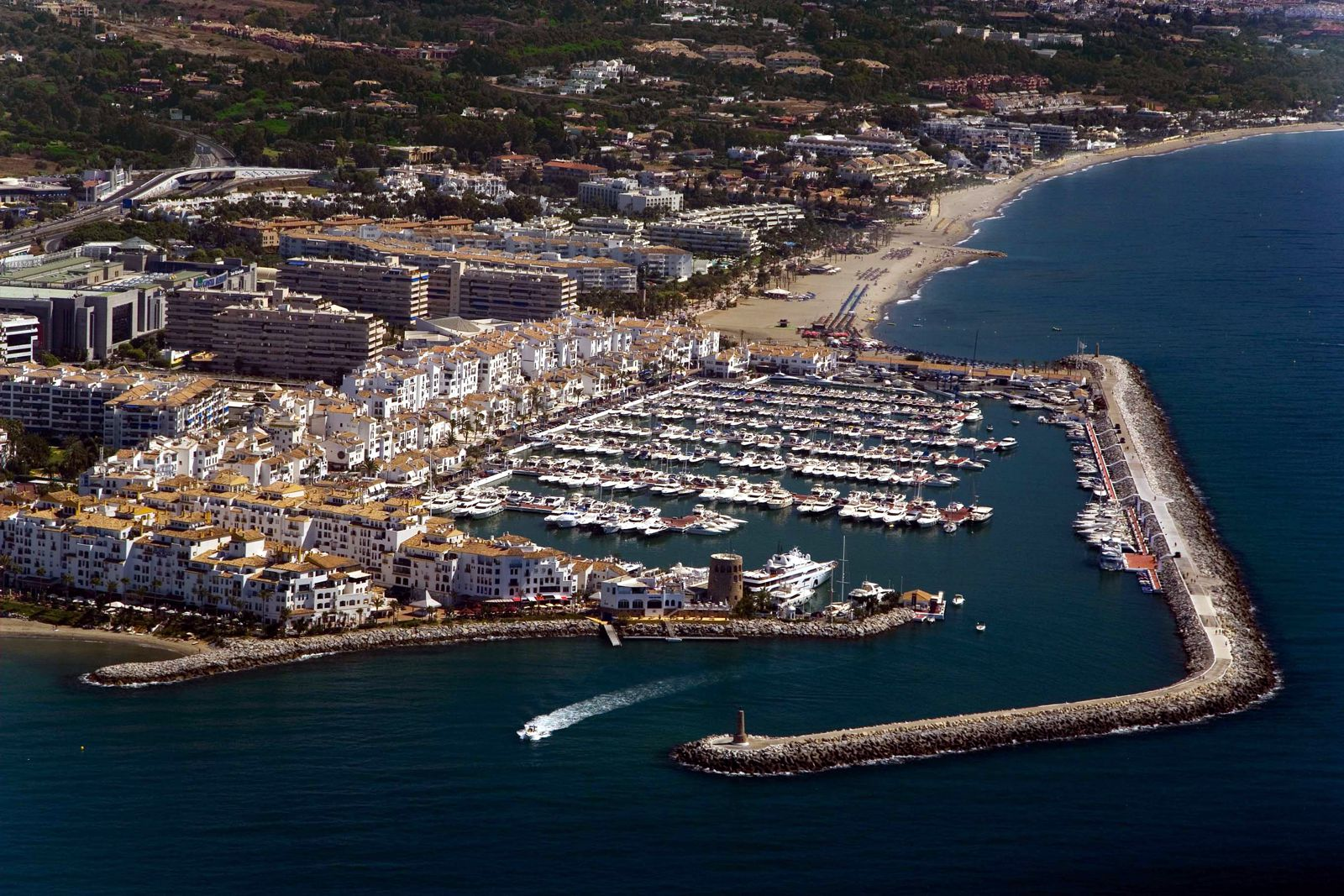 Marbella reiseinformation was kann man in marbella machen for Design hotels andalusien